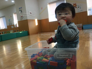 子どもの写真・画像素材[2155176]