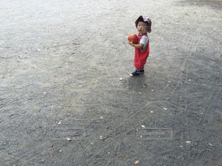 子どもの写真・画像素材[2155181]