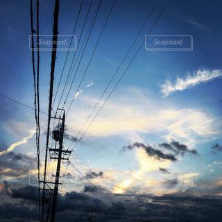 空には雲のグループの写真・画像素材[1691416]