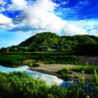 川と山と空の写真・画像素材[1694369]