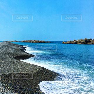 海辺とテトラポッドの写真・画像素材[2245980]
