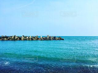 海とテトラポッドの写真・画像素材[2249253]