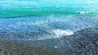 青い浜辺の写真・画像素材[2250087]