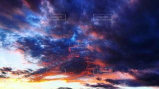 空と雲と夕焼けの写真・画像素材[2273726]