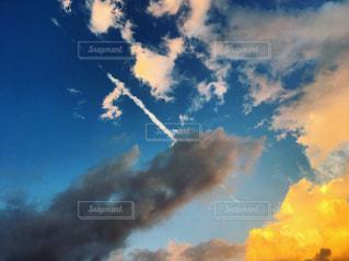 空の雲の写真・画像素材[2439871]