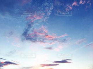 夏の夕焼けの写真・画像素材[3637549]
