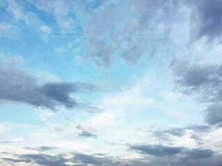 空の雲の写真・画像素材[3674355]