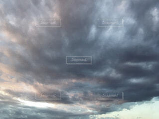 空の雲の写真・画像素材[3678554]