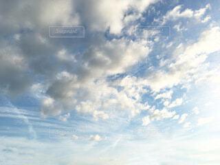 雲と青空の写真・画像素材[4159254]