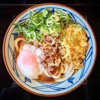 丸亀製麺の肉ぶっかけうどんの写真・画像素材[4316862]