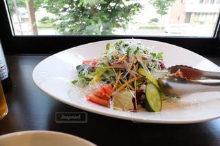 爽やかグリーンサラダの写真・画像素材[2274363]