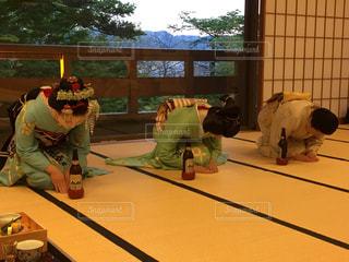 京都。舞妓さんと、芸妓さんの写真・画像素材[1430328]