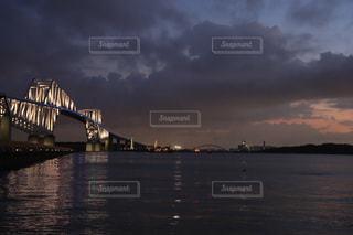 東京湾ゲートブリッジの夕暮れの写真・画像素材[2362375]