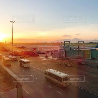 空港にトランジット待ちの写真・画像素材[1433956]