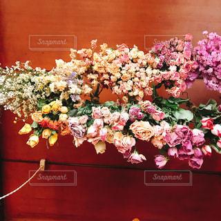見守る花束の写真・画像素材[1440658]