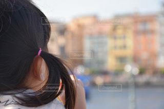 眺める少女の写真・画像素材[1457080]