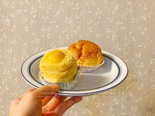 お皿の上のデザートの写真・画像素材[1633973]