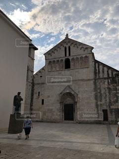 クロアチア 旧市街 ドゥブロヴニク 市場 石畳 ローマ時代 歴史都市の写真・画像素材[1436671]