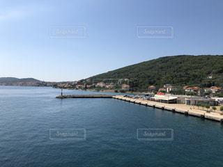 クロアチア フェリー  ザダル フェリー プルコ ウグリャン島  海 フェリーの写真・画像素材[1438720]