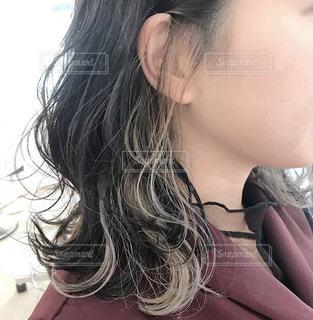 インナーカラーのヘアスタイルの写真・画像素材[2936349]