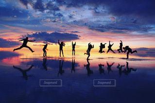 ウユニ塩湖の写真・画像素材[1437185]