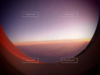 機内からの神秘的な空の写真・画像素材[1529268]