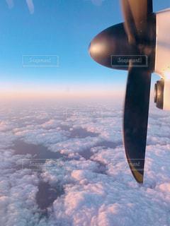 上空のプロペラと空の写真・画像素材[1869917]