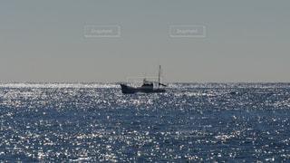 漁船と海の写真・画像素材[1444866]