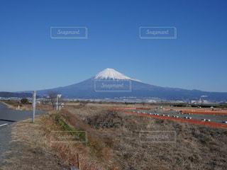 晴天の日、冬の富士山の写真・画像素材[1454563]