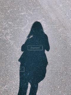 女性の影の写真・画像素材[1482426]