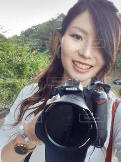 今日から私もカメラ女子の写真・画像素材[2610027]