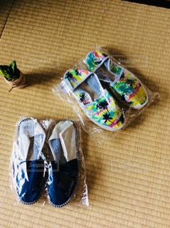 夏の初めに色違いで買った2足のエスパドリーユの写真・画像素材[1453561]