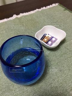 薬とお水の写真・画像素材[1534745]