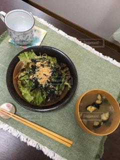 ひとりの食事の写真・画像素材[1541069]