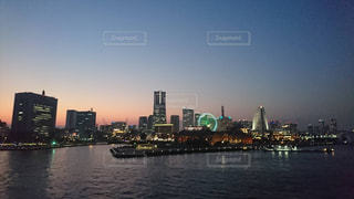 大桟橋からみた夕焼けの写真・画像素材[1451959]
