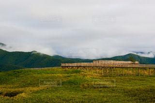 知床五湖の遊歩道の写真・画像素材[1464348]