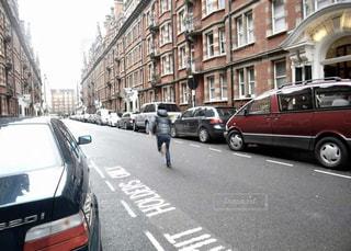 ロンドンを全力疾走の写真・画像素材[1452860]