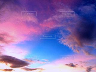 ファンタジックな空の写真・画像素材[1490252]