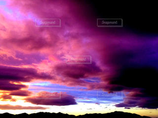 幻想的な空の写真・画像素材[1490302]