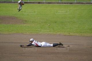 野球の試合の写真・画像素材[4672035]