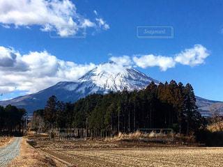 富士へと続く道の写真・画像素材[1456659]