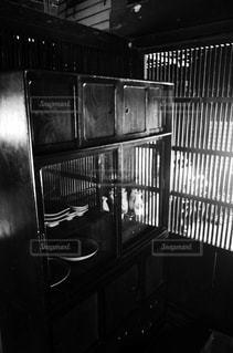 キッチンの黒と白の写真の写真・画像素材[1461507]