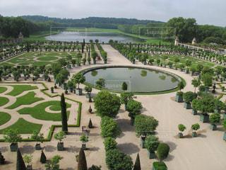 フランスヴェルサイユ宮殿の美しい庭園の写真・画像素材[1524486]