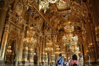 パリオペラ座ガルニエ宮の黄金の間の写真・画像素材[1592534]