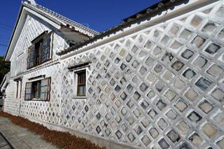 伊豆松崎の美しいなまこ壁の写真・画像素材[1790494]