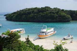 石垣島川平湾のエメラルドグリーンの海の写真・画像素材[1830013]