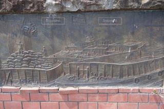 小樽運河の歴史を物語る趣きある壁画の写真・画像素材[2288736]