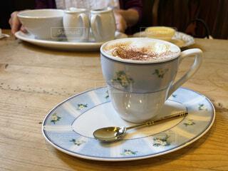 レトロな雰囲気のカフェの写真・画像素材[4924809]
