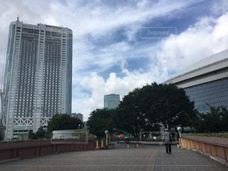 夏の東京ドームと東京ドームホテルの写真・画像素材[1459419]