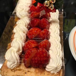 大きなミルフィーユケーキの写真・画像素材[1462999]